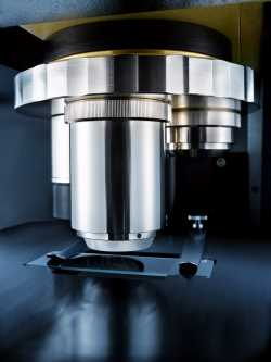 laser-based infrared microscope